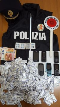 Cassino, Polizia richiamata da urla in appartamento scopre casa d'appuntamenti