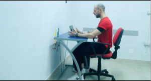 #alleniamociinsiemedacasa: la postura corretta per lavorare in smart working [VIDEO]